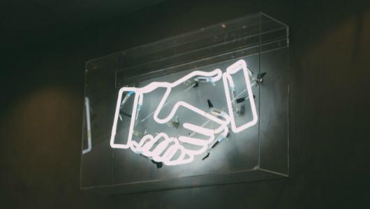 neon light handshake 5
